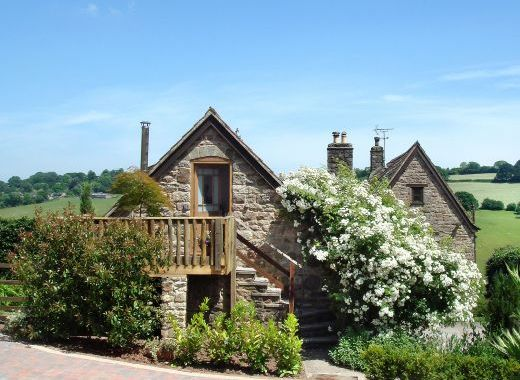 Beautiful Secluded Brambles Cottage near the Forest of Dean