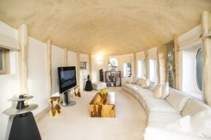 Cottage with wow factor home cinema