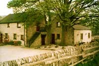 self-catering holiday cottages in the Peak District of Derbyshire - small group for the larger party