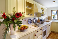 self catering cottages in the Cotswolds - luxurious, large group accommodation