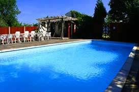 large holidays cottages with swimming pool for Hen Parties and celebrations