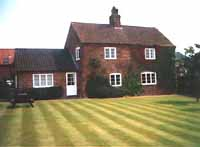 Self-catering holiday cottage near Southwell Nottinghamshire