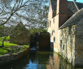 Watermills tend to be in romantic, special settings and a self catering  watermill holiday can make for a wonderful self catering break.
