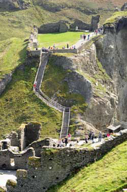Tintagel Cornwall family self catering holidays