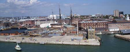 Portsmouth accommodation, find cottages, houses flats for a visit to Portsmouth on the south coast