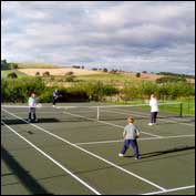 cottages with tennis court