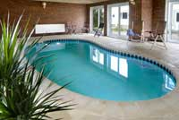 self catering swimming pools