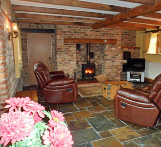 self-catering cottages with stables for horses