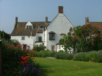 The Old House self-catering cottages - Somerset