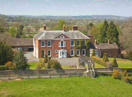 Large Country House Rentals