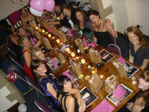 hen party meal at Courtyard Barn