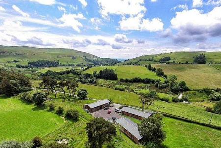 Luxury lodges Berwyn Mountains Wales
