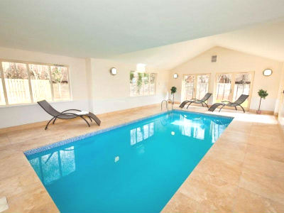 Large Holiday Houses Uk Indoor Pool