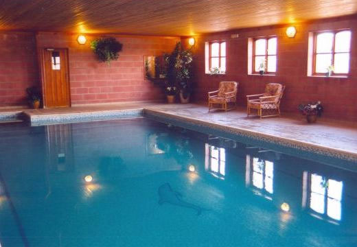 Scarborough holiday cottages with a swimming pool