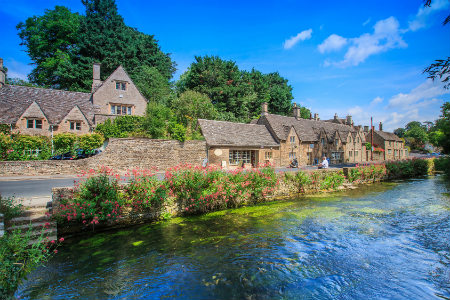Admirable Country Cottages To Rent For Holidays In Gloucestershire Interior Design Ideas Gentotryabchikinfo